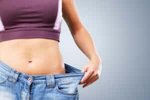 Wie lässt sich eine Jeans enger machen