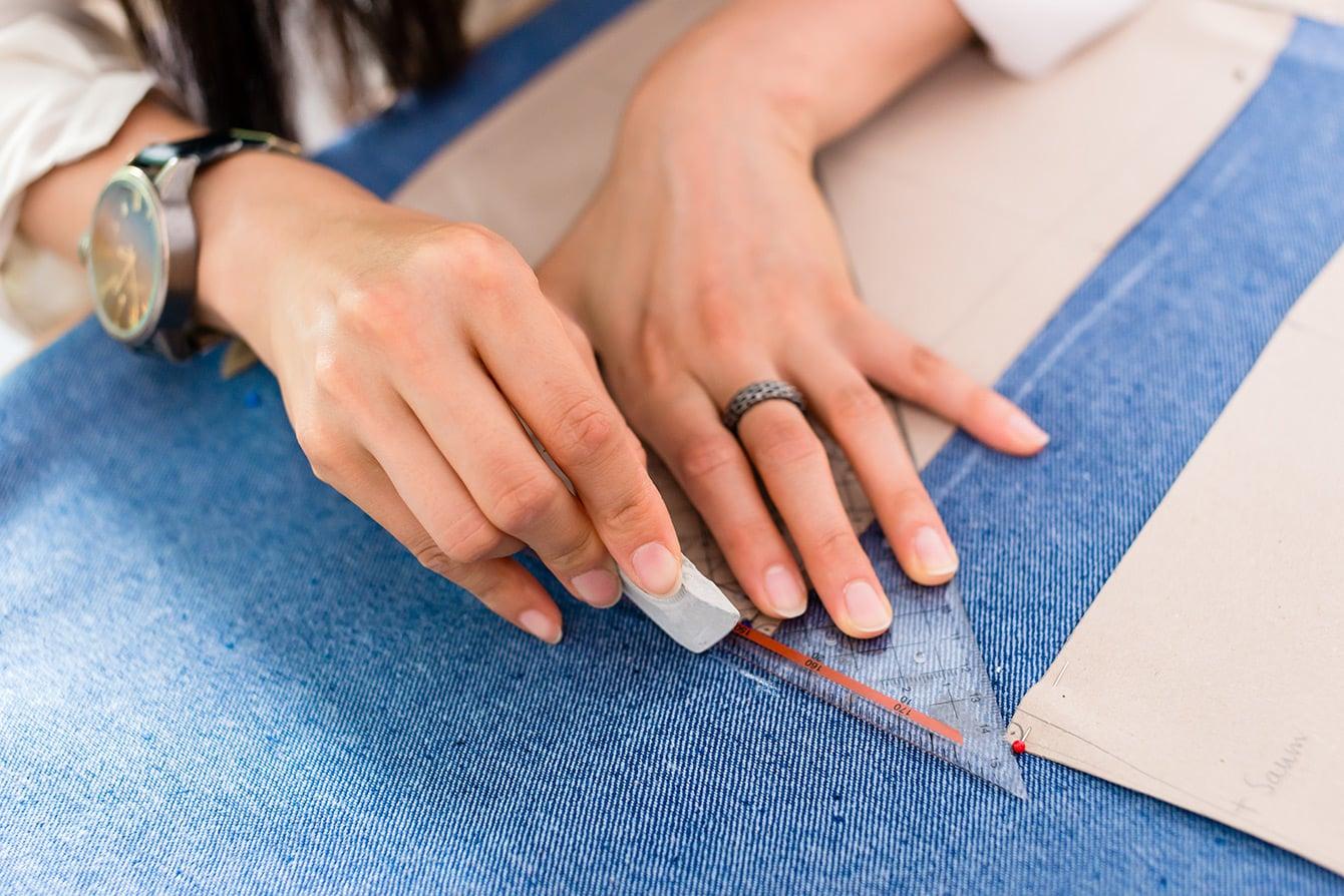 Jeans nach Maß - für den perfekten Sitz